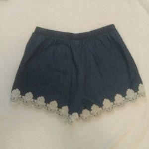 Sequin Hearts Shorts - Denim colored shorts with lace details